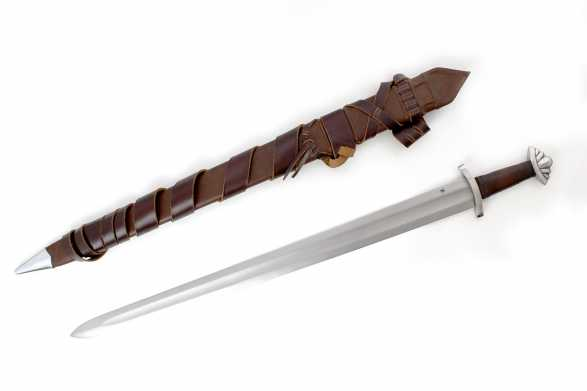 1540 - Five Lobed Viking Sword