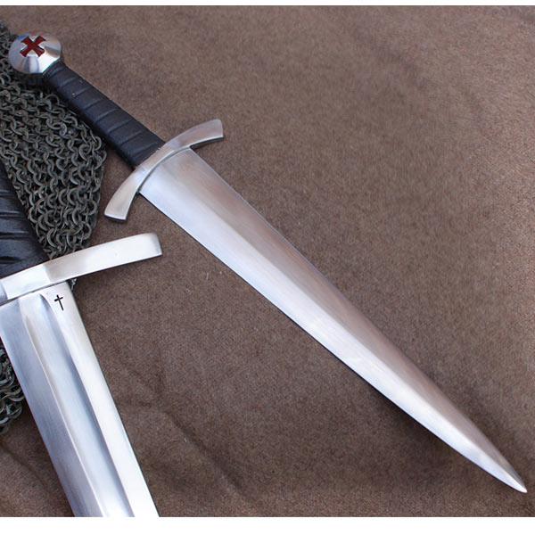 bh-dagger2