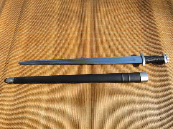 RK Euro Model 11 - Viking Sword PEENED