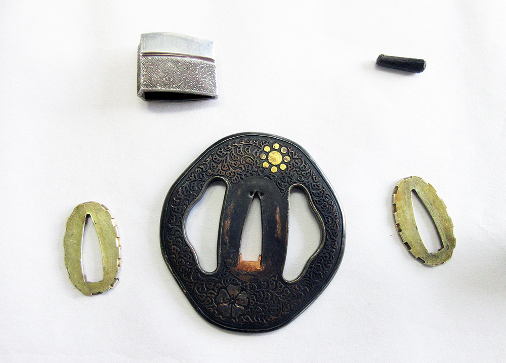 BoJ Daisho Set #001: Antique Mid Edo Period Katana and Wakizashi 33041/3040 7
