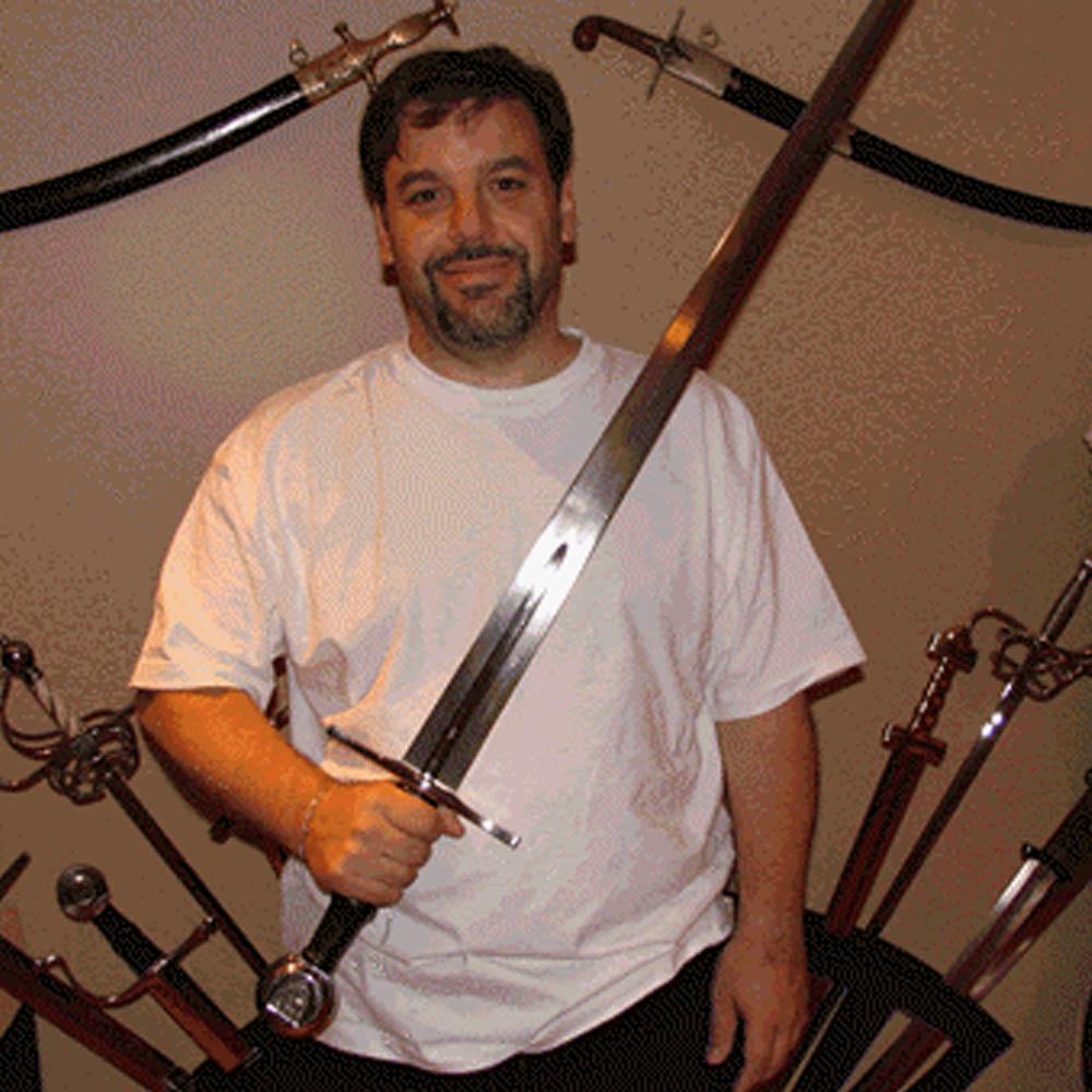 Hanwei Albrecht II Hand-and-a-Half Sword 2