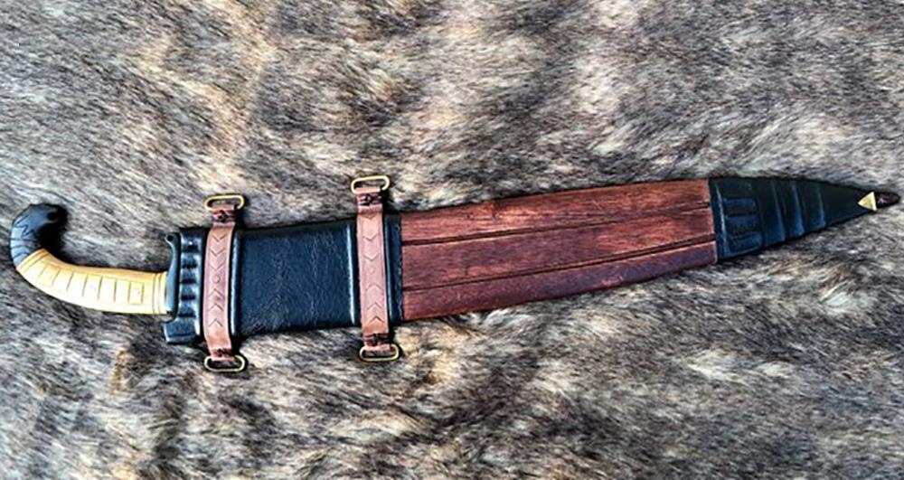 Kingdom of Arms Iberian Falcata Sword 4