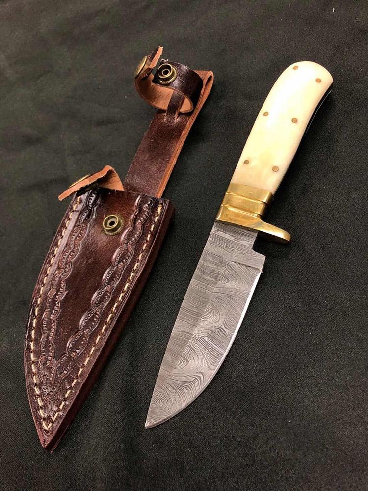 Damascus Blade Hunting Knife - Bone Handle 4