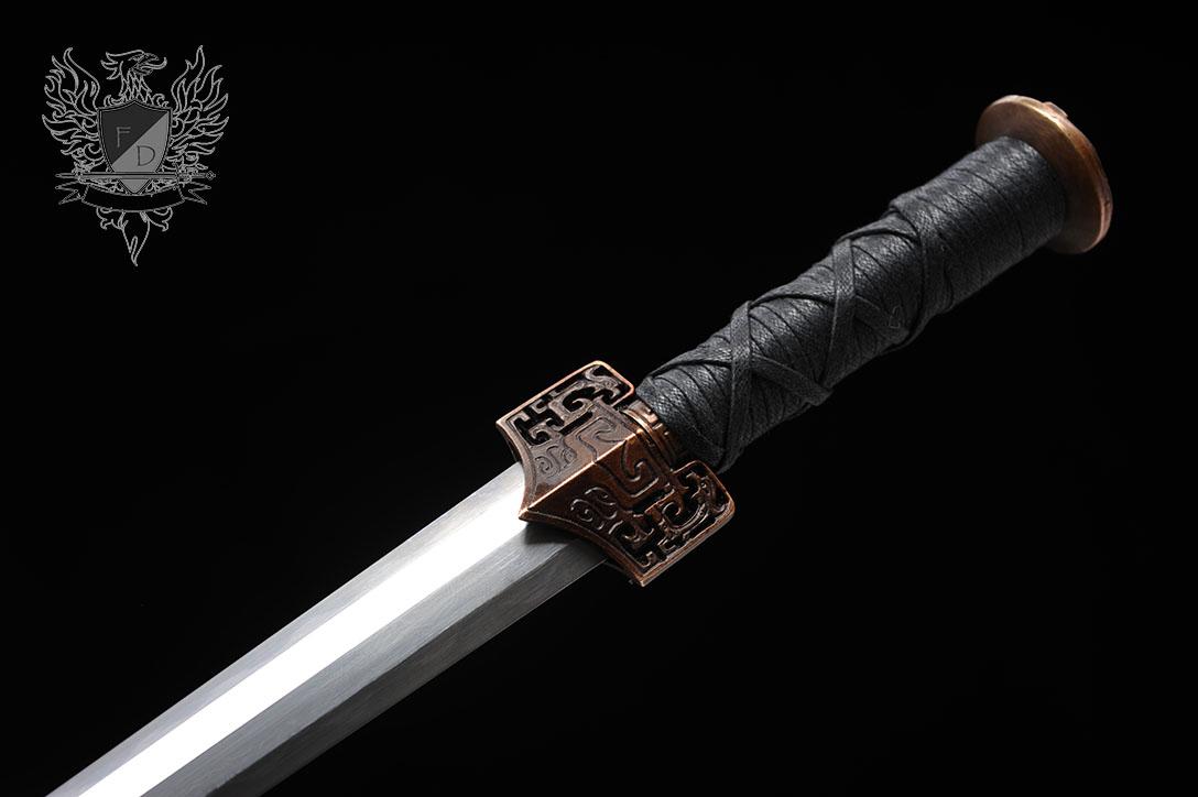 dagger-han6